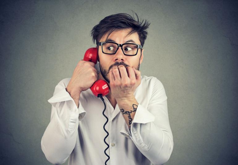 Děsí vás telefonování? Udělejte si z něj svého koníčka