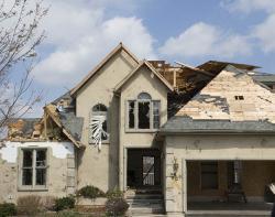 Minimum makléře: Jak odhalit (nejen) skryté vady nemovitosti a co s nimi?