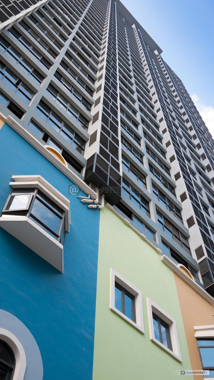 Moderní architektura, výšková budova.