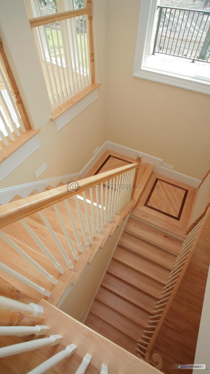 Interierové schodiště - detail.