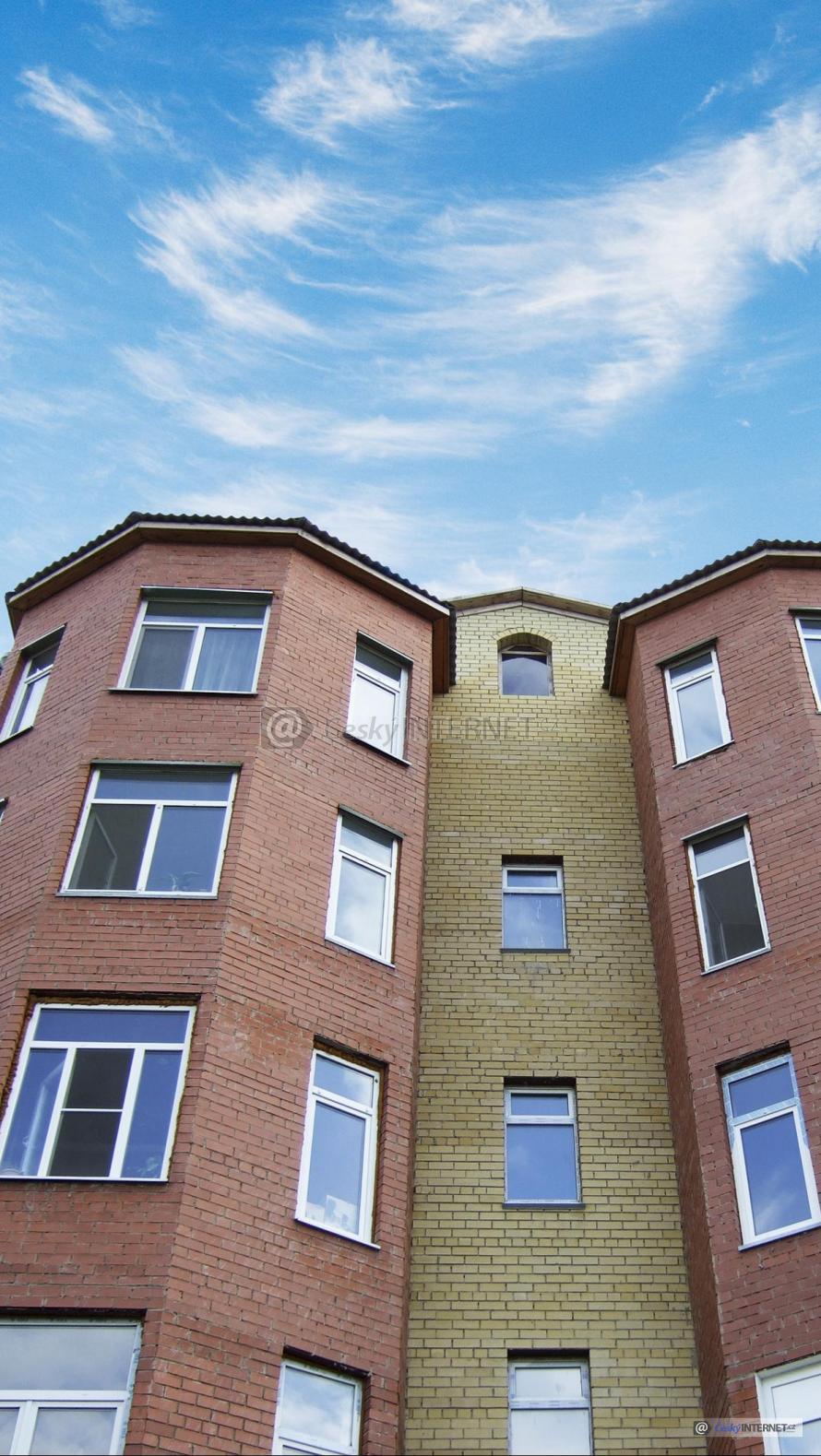Moderní architektura, bytové domy.