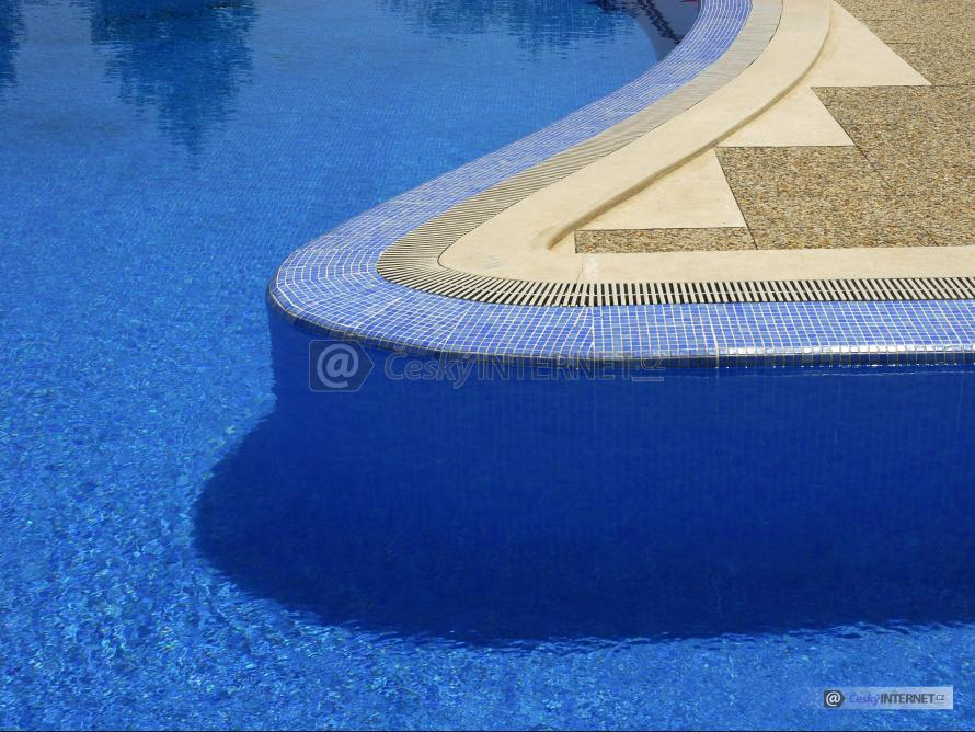 Detail obložení bazénu.