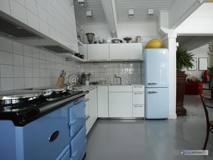 Moderní kuchyně v retro stylu.