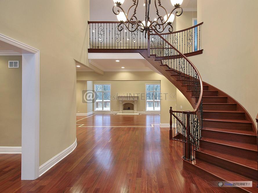 Interiér, detail schodiště.