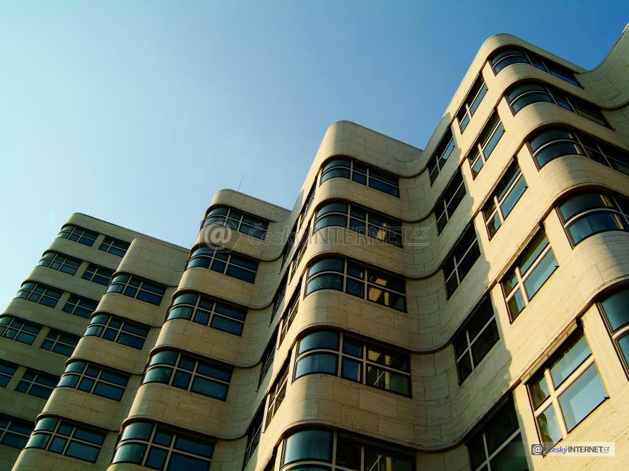 Moderní architektura, bytový dům.