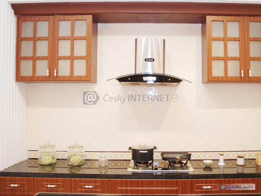 Detail kuchyňské linky.