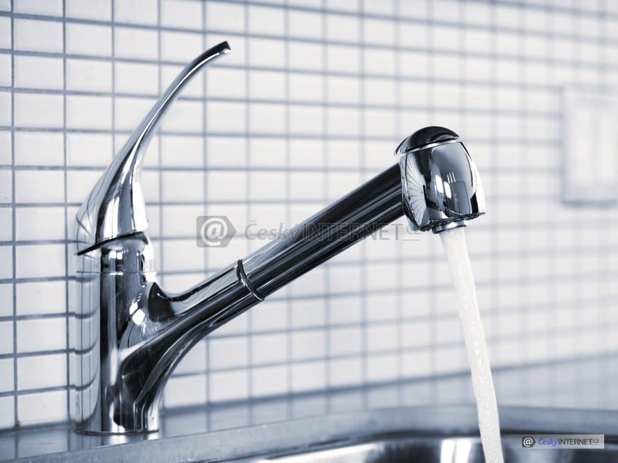 Voda odtékající z beterie.