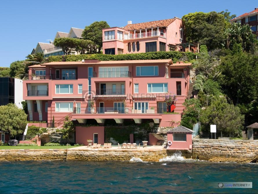 Bytový dům u moře.
