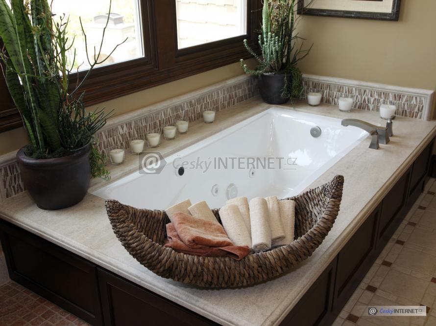 Koupelna s vířivkou, detail.